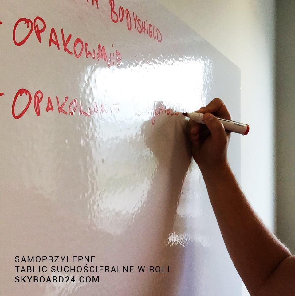 tablica whiteboard samoprzylepna